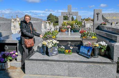 Plusieurs personnes dans une même tombe